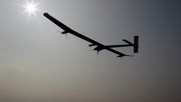 Самолет на солнечных батареях завершил исторический перелет через США и приземлился в аэропорту Кеннеди