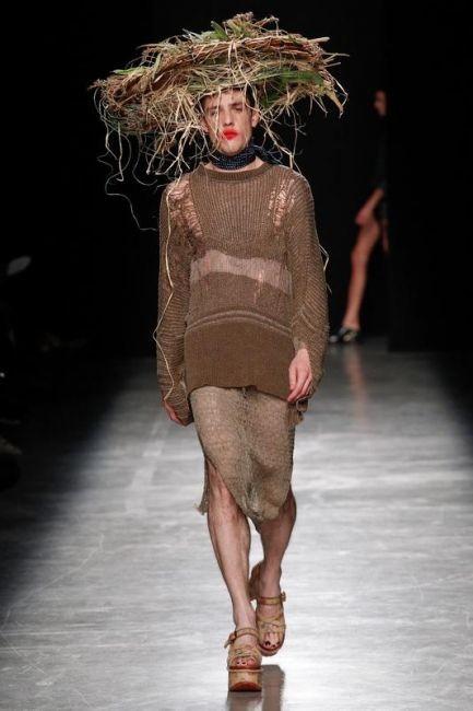 Маразм крепчал. Годнота с последнего показа мод в Париже