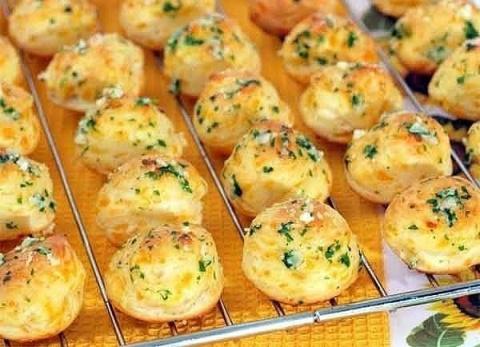 Французская закуска с сыром