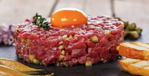 Еда кочевников, которая возглавила высокую кухню: всё о тартаре