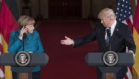 Трамп потребовал от Меркель …