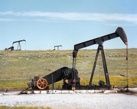 Нефть Brent упала до $42,9 з…