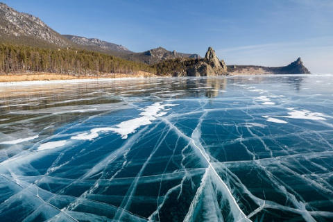 Лед Байкала 2016