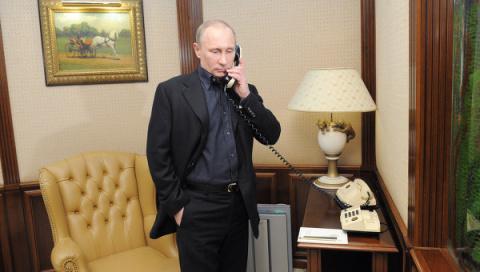 Президент РФ, вам звонок из Белого дома