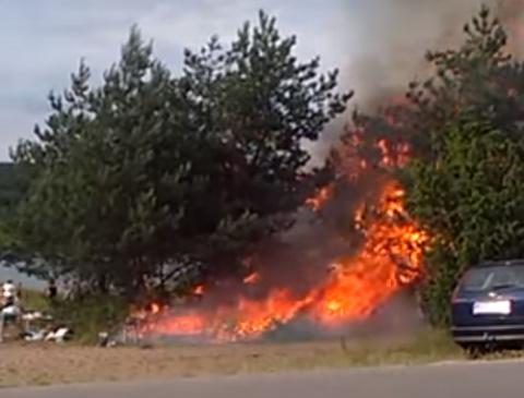 Как приготовление мяса на природе за 30 секунд превратилось в пожар!
