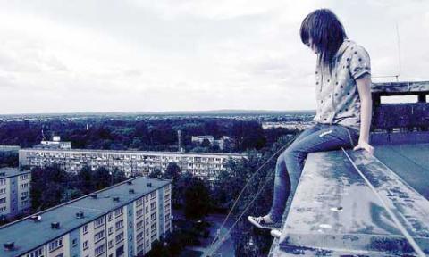 Суицид подростков в России -…