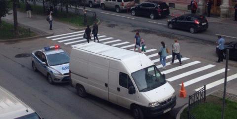 Власти Петербурга отобрали парковку у дипломатов США