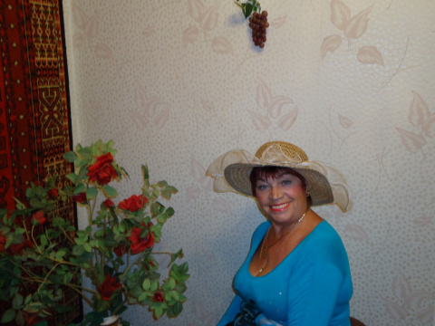Нина Богданова (Овчинникова)