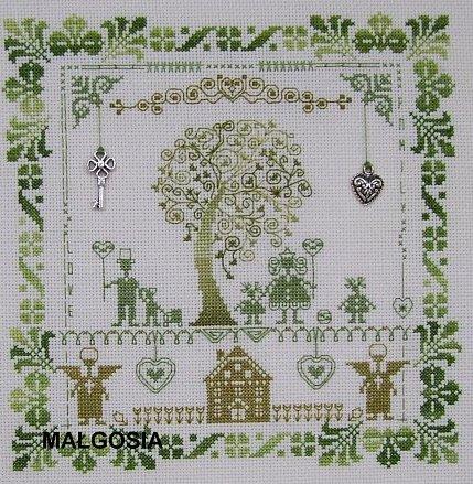 Дерево в цветах вышивка 250