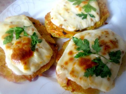 Сочные и нежные картофельные драники с сыром