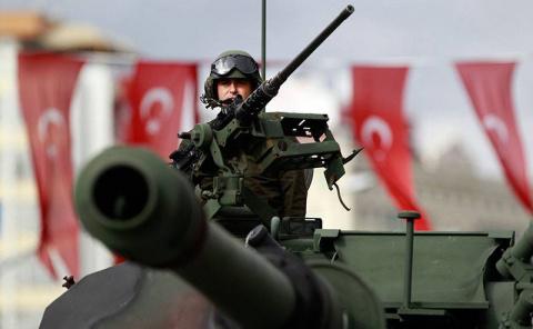 Атака Турции Африна: кто выи…