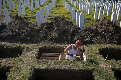 Кладбище без религиозных и национальных символов появилось в Швеции