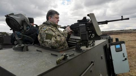 5 следующих шагов Украины после введения у себя военного положения?