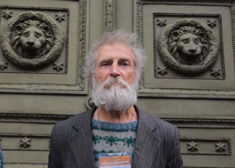 «Петербургский Дамблдор»: Вячеслав Раснер - бездомный экскурсовод