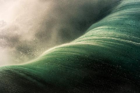 На гребне волны, или море волнуется раз, море волнуется два…