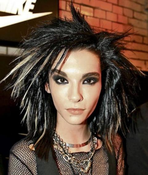 Вокалист Tokio Hotel Билл Ка…