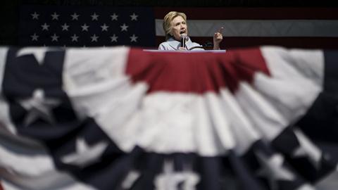 Клинтон — это война? И не друг, и не враг. О российско-американских отношениях после президентских выборов. Америка — создана гениями, управляется идиотами