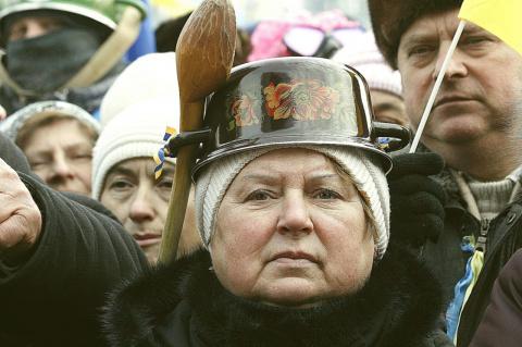 Как из украинцев сделали сек…