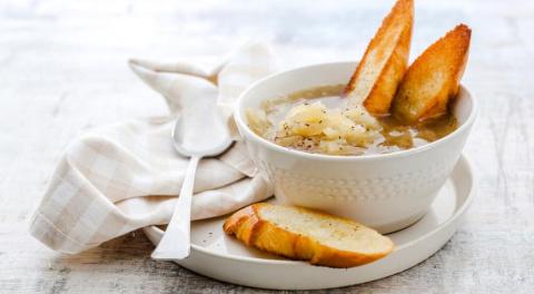 ДЕНЬ ПЕРВОГО БЛЮДА. Постный луковый суп