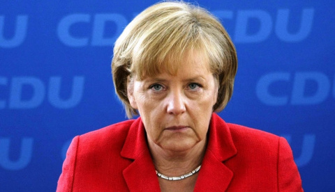 Меркель осудила указ Трампа …