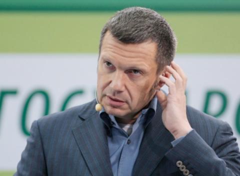 Соловьев рассказал, почему Удальцов «отвел глаза» на вопрос о расстрелах.