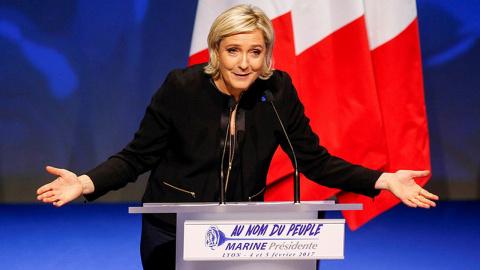 Ле Пен лидирует на выборах президента Франции после подсчёта 50 % голосов
