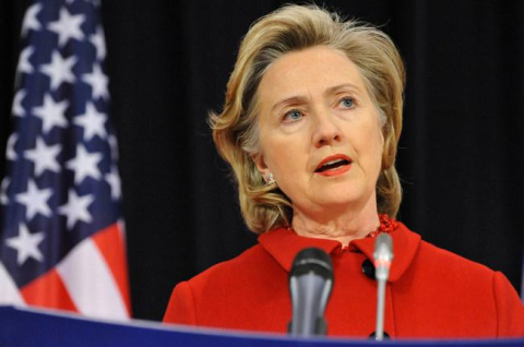Хиллари снова жалуется на Россию
