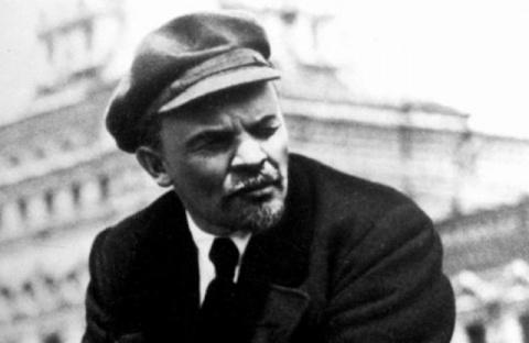 Почему Владимир Ульянов стал называть себя Лениным?