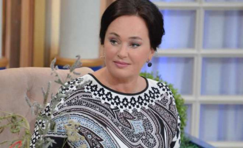 «Без макияжа, но в «крутой» шубе»: Лариса Гузеева произвела огромное впечатление