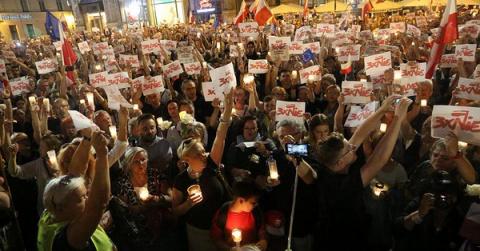 В Польше назвали виновных в организации протестов в стране