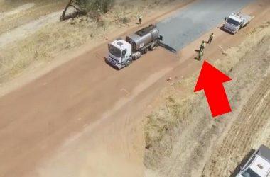 Вот как прокладывают дороги в Австралии.