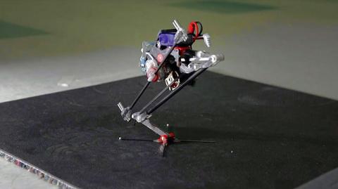 Ну и гаджеты: робот-паркурщи…