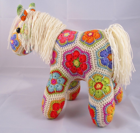 Замечательные игрушки фрагментом Африканский Цветок