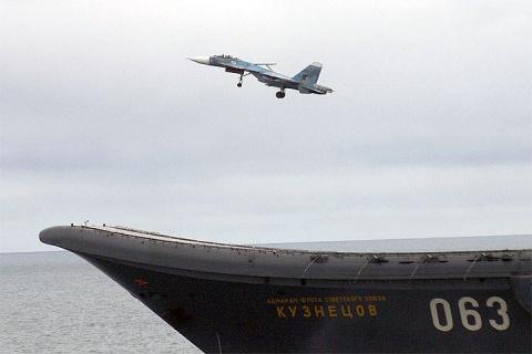 Истребители с «Адмирала Кузнецова» вернулись на место базирования
