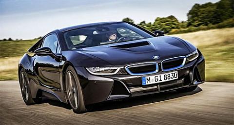 BMW рассекретила ценник гибридного суперкара i8