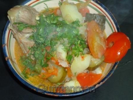 Баранина тушенная с овощами