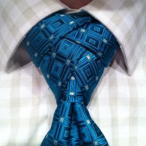 Как завязывать галстук? Необ…