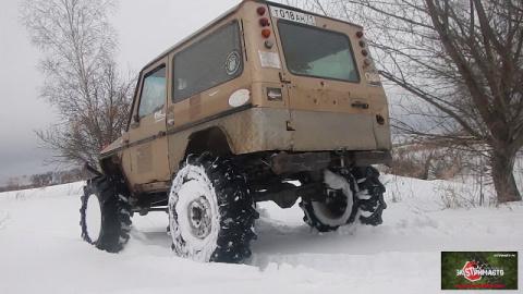4 портальных авто по глубокому снегу