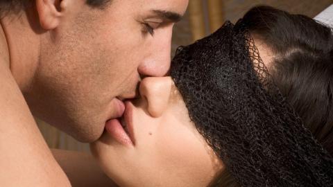 В чем смысл поцелуев?