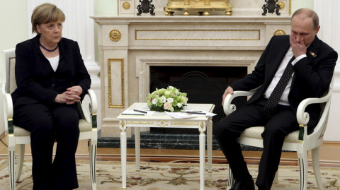 Financial Times: встреча Меркель и Путина вряд ли сократит «политический разрыв»