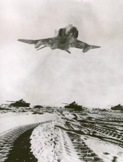К 40-летию начала арабо-израильской войны 1973 года. ВВС В ВОЙНЕ ''СУДНОГО ДНЯ''