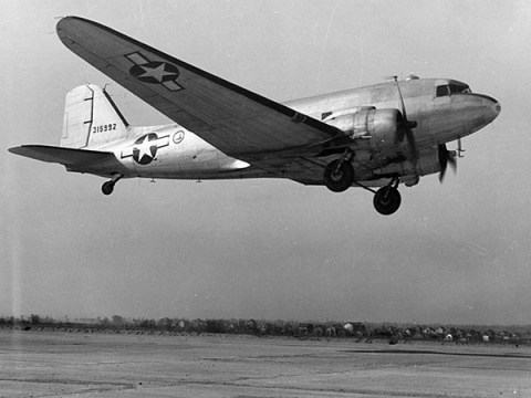 Douglas DC-3/C-47 Самый массовый и популярный авиалайнер всех времён и народов
