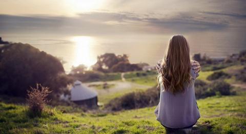 7 вещей, которые бесят окружающих из-за того, что ты одинок