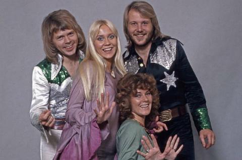 Квартет ABBA возвращается на сцену
