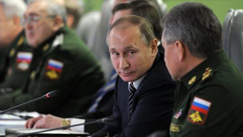 Владимир Путин держит ОПК в …
