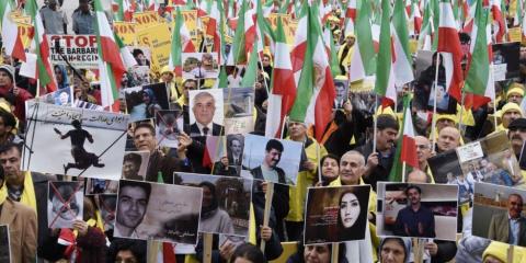 «Цветная революция» в Иране:…