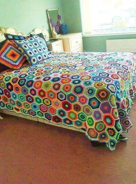 Вязаные идеи для уютной спальни!