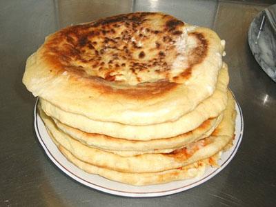 Универсальное тесто для пирожков, хачапури быстрого приготовления (для тех, кто не любит возиться с дрожжевым))))