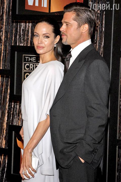 Тайна развода Анджелины Джол…