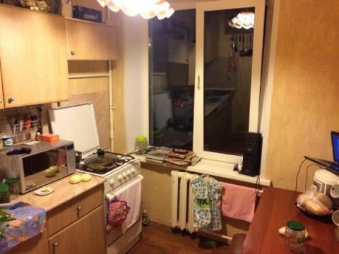До и после ремонта — яркая и удобная кухня-трансформер площадью 6 кв.метров